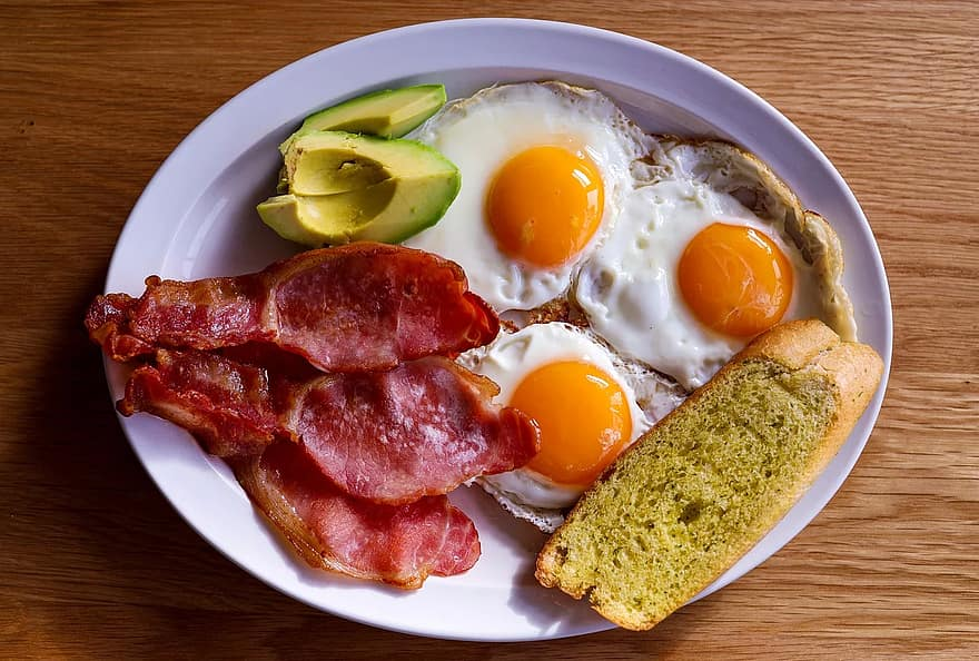 Bacon-Eggs-Muscle-Protein